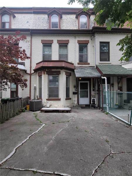 30 Phoebe St, Kensington-Chinatown, Toronto