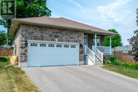 302 Glenwood Street, Peterborough, Ontario, K9L2B3
