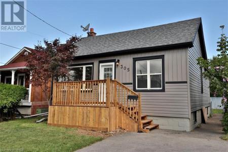305 Vansitmart Avenue in Hamilton - House For Sale : MLS# 40099385