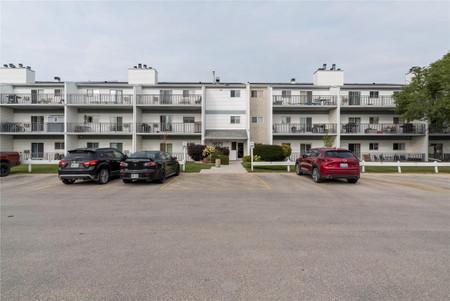 310 1671 Plessis Rd Winnipeg