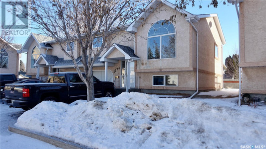 3274 Renfrew Cres in Regina - House For Sale : MLS# sk842837