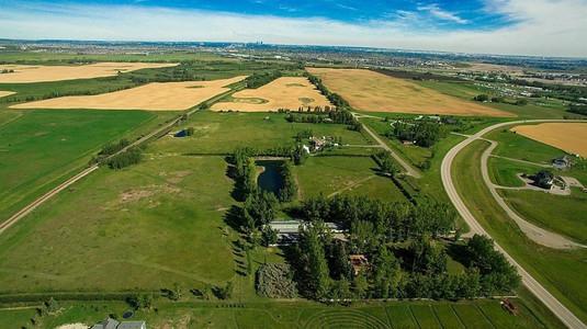 32nd St And 226 Av W, Rural Foothills M D, Alberta, T1S3P8