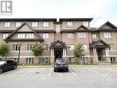33 Tadley Private Unit F, Longfields, Ottawa
