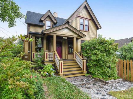 3312 First St, Cumberland, British Columbia, V0R1S0
