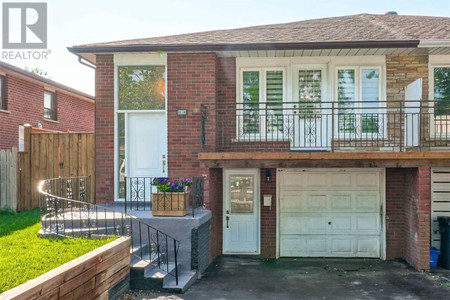 3333 Chipley Cres, Mississauga, Ontario, L4T2E3