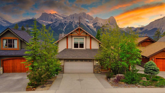 337 Eagle Heights, Canmore, Alberta, T1W3C9