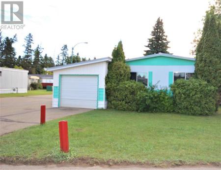 34 Parkside Drive - Living room 13.00 Ft x 16.50 Ft