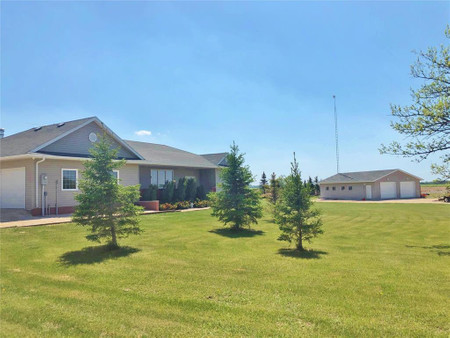 34078 Zora Rd, RM of Springfield, Cooks Creek, Manitoba, R5M0G9
