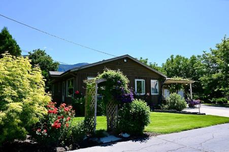 3409 Highway 3, Erickson, British Columbia, V0B1K0