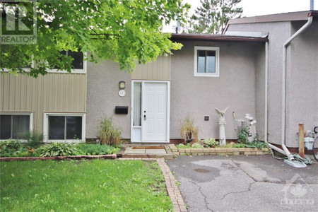 372 Woodfield Drive Ottawa