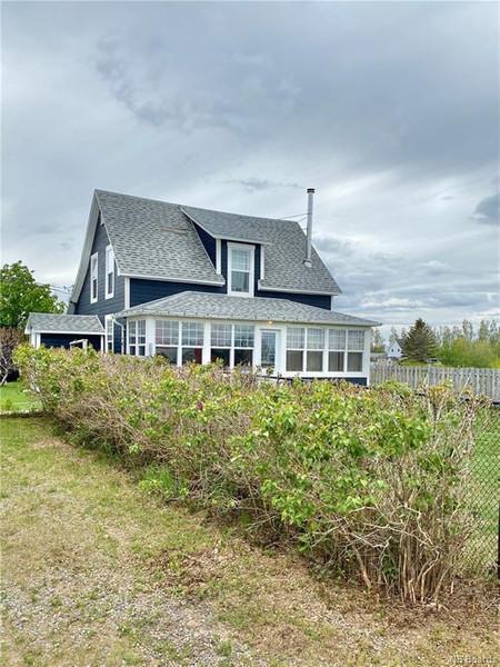 382 St Pierre Ouest Boulevard, Caraquet, New Brunswick, E1W1A3
