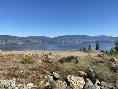 4 6214 Lakeshore Road, Upper Mission, Kelowna, British Columbia, V1W4J5