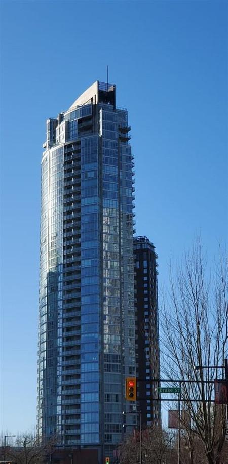 4006 1408 Strathmore Mews Vancouver