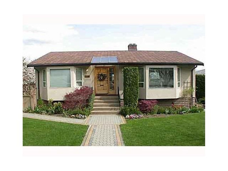 4021 Curle Avenue in Burnaby, BC : MLS# r2574037