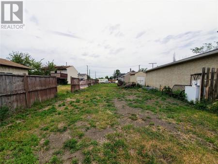 4315 3rd Ave N, Regent Park, Regina, Saskatchewan, S4R0X1