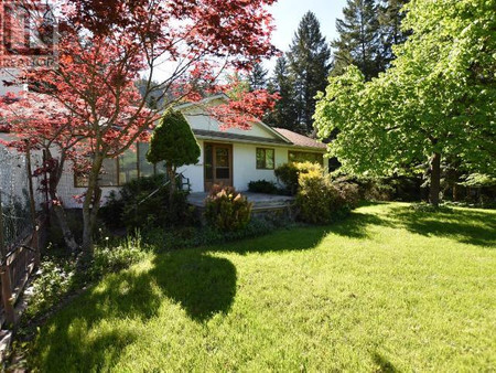 4340 Dunsmuir Road, Barriere