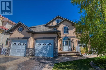 46 Grizzly Terrace in Lethbridge, AB : MLS# ld0193813