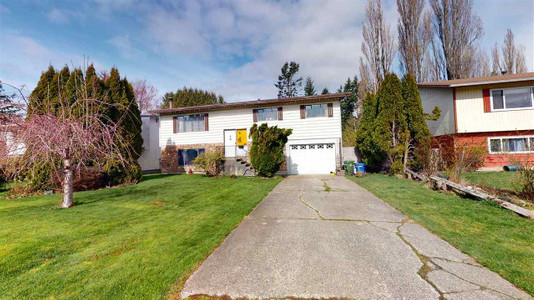 46681 Balsam Avenue in Chilliwack, BC : MLS# r2555308