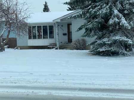 4707 26 Avenue Ne Calgary