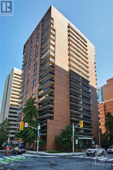 475 Laurier Avenue W Unit 1603, Centretown, Ottawa