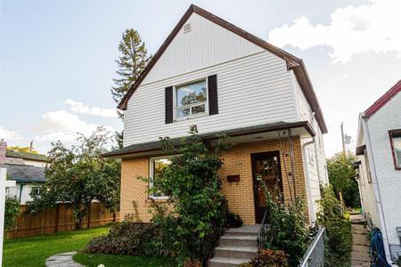 490 St Johns Avenue, North End, Winnipeg