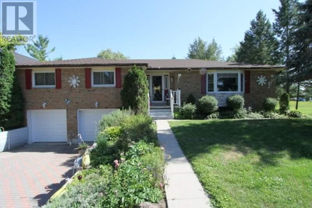 50 Robinson Ave, Kawartha Lakes, Ontario, K0M2B0