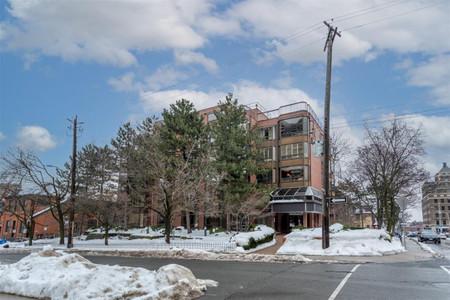 501 28 Duke Street in Hamilton - Condo For Sale : MLS# h4098565