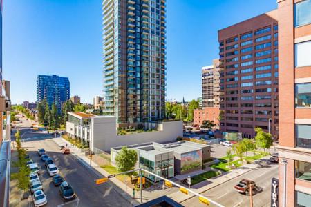 502 240 11 Avenue Sw Calgary, AB T2R0C3 MLS a1033895