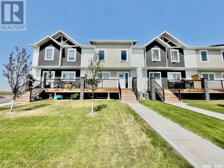 516 Kloppenburg Cres, Evergreen, Saskatoon