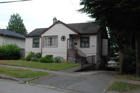 5260 Aberdeen Street in Vancouver, BC : MLS# r2591520