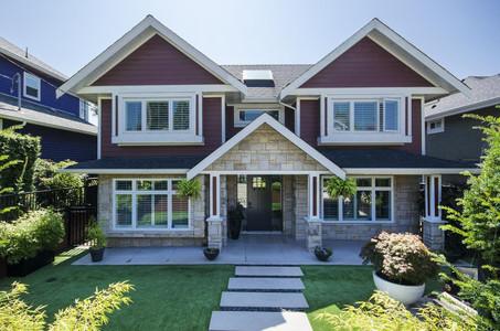 533 E 4th Street, North Vancouver