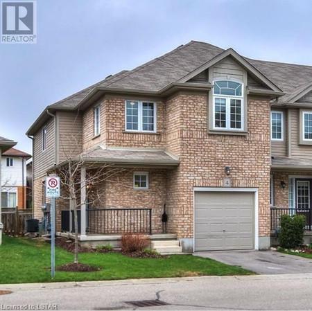 555 Chablis Drive 4, Waterloo, Ontario, N2T0A5