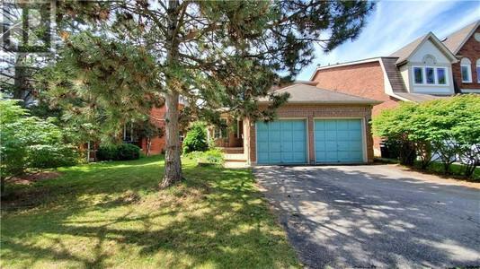 5900 Hemingway Rd, Mississauga, Ontario, L5M5K8