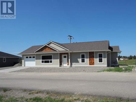 6 110 Forest Ridge Road, 100 Mile House, British Columbia, V0K2E1