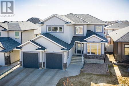 611 Ledingham Cres in Saskatoon - House For Sale : MLS# sk849227