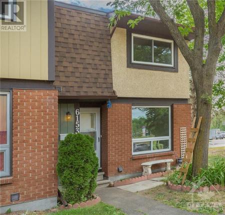 6153 Brookside Lane, Convent Glen South, Ottawa