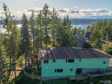 620 Helanton Rd, Quadra Island, British Columbia, V0P1N0