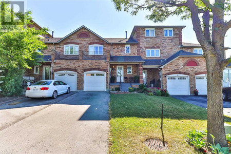 63 Crieff Ave, Maple, Vaughan