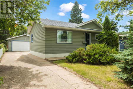 637 23rd St W, West Hill PA, Prince Albert, Saskatchewan, S6V4M4