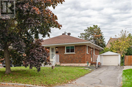 651 Shelley Avenue, Riverview Park, Ottawa