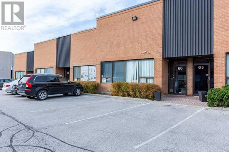 66 50 Pippin Rd Vaughan