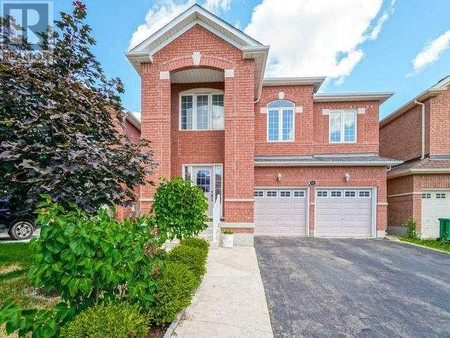67 Sir Jacobs Cres
