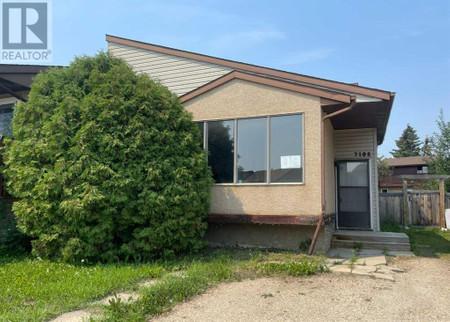 7108 99 A Street in Grande Prairie, AB : MLS# a1102405