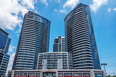 7161 Yonge St in Markham - Condo For Sale : MLS# n5189562