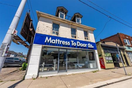 745 Barton Street E, Hamilton, Ontario, L8L3A4