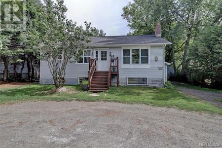 785 Maclaren Avenue, Fredericton, New Brunswick, E3A3L8