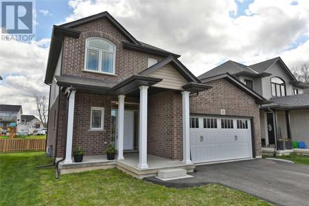 8 Bergenstein Cres, Pelham, Ontario, L0S1E6