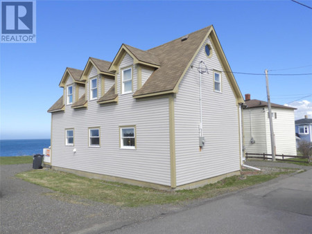 8 Seaview Road, Grand Bank, Newfoundland, A0E1W0