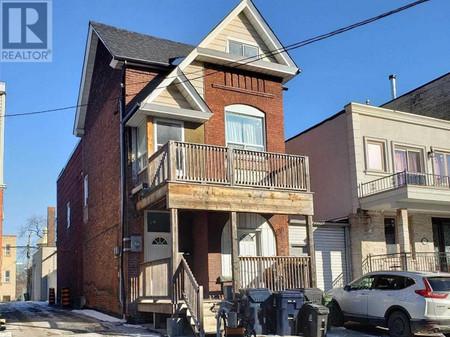 81 Markham St, Trinity-Bellwoods, Toronto
