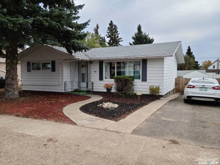 83 Roderick Avenue in Southey - House For Sale : MLS# sk842939